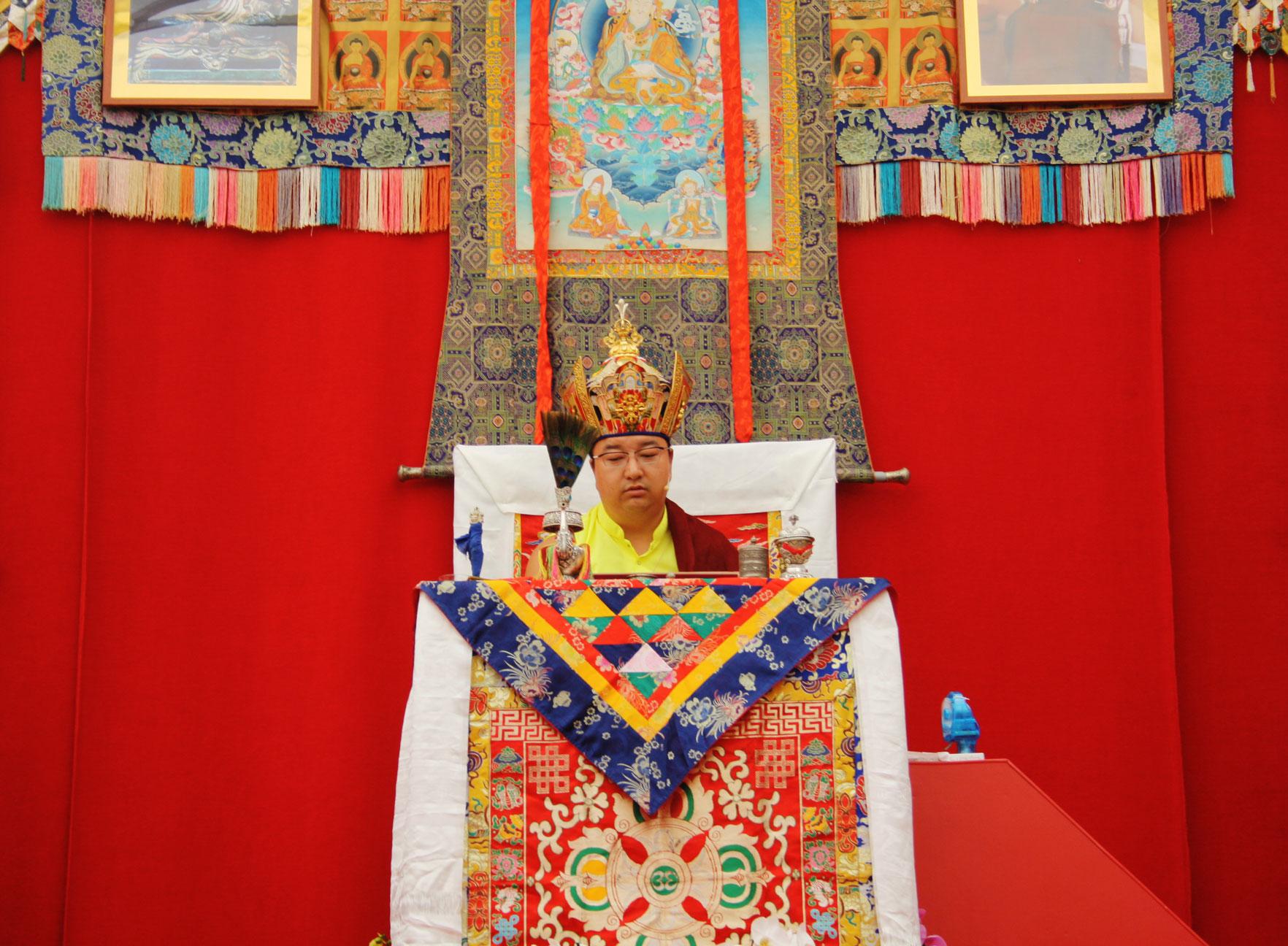 SS-Dudjom-Rinpoche-Sangye-Pema-Zhepa-evento-valencia-julio-2019-10