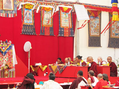 SS-Dudjom-Rinpoche-Sangye-Pema-Zhepa-evento-valencia-julio-2019-12