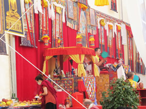 SS-Dudjom-Rinpoche-Sangye-Pema-Zhepa-evento-valencia-julio-2019-14